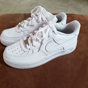 Youth nike AF1'S size 6.0